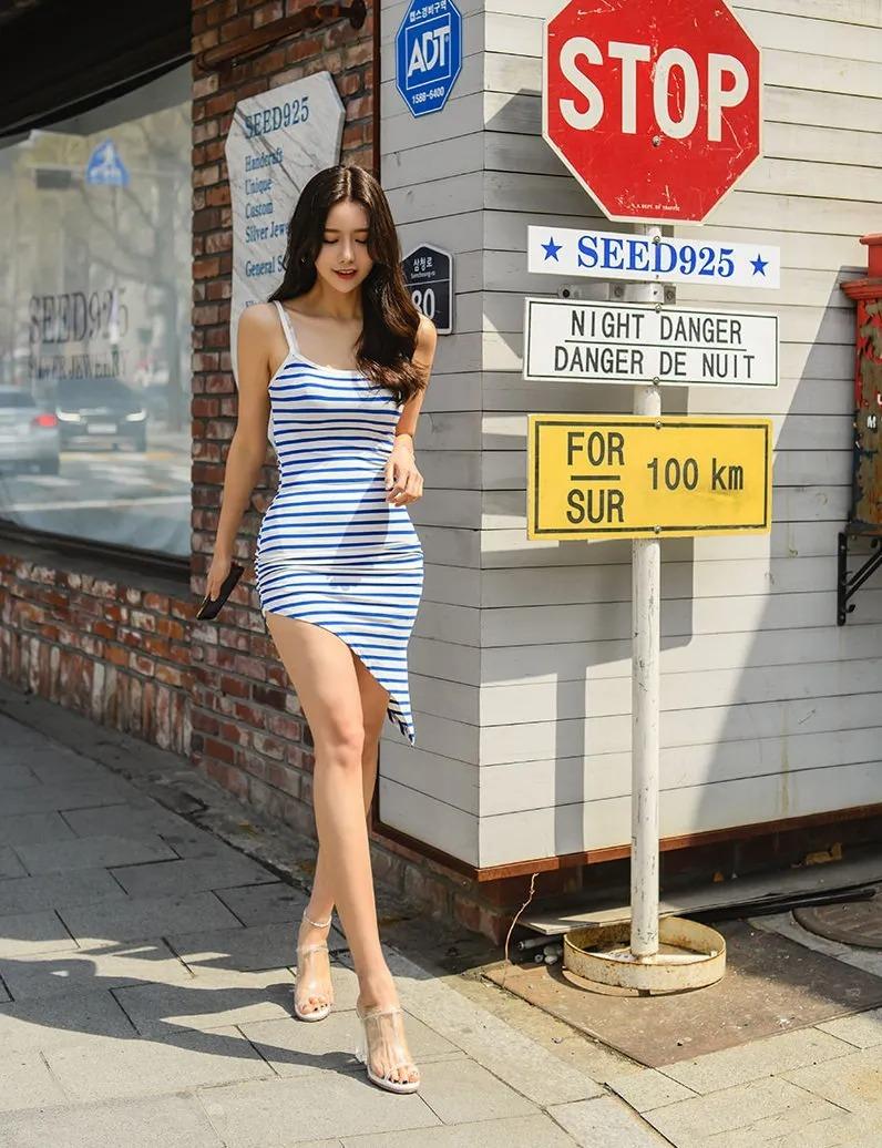 韩系美女:好看的韩国美女长裙写真图片